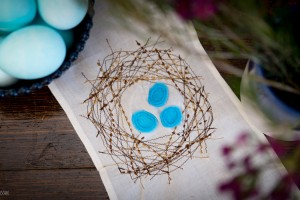 Bird Nest Table Runner