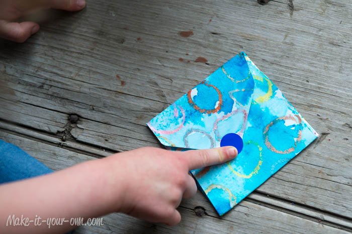 Make Your Own Gift Card Envelope: Seal with Sticker or make slit