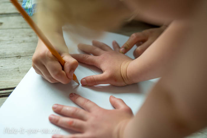 Send-able Hug: Supplies Tracing Hands