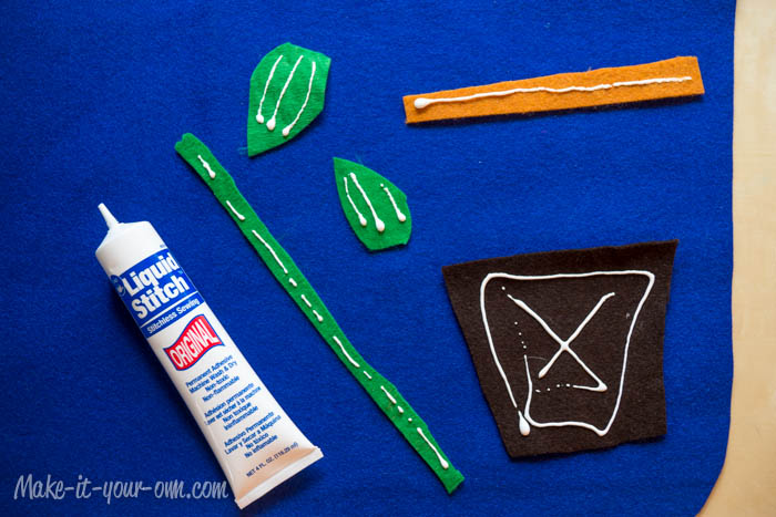 Apply Glue Pieces Banner make-it-your-own.com