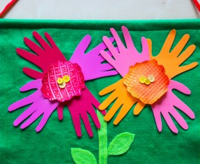 HandprintFlowers