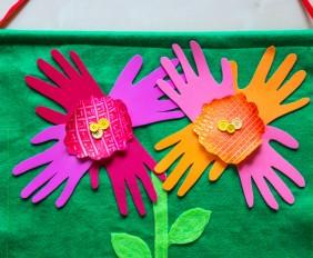 HandprintFlowers