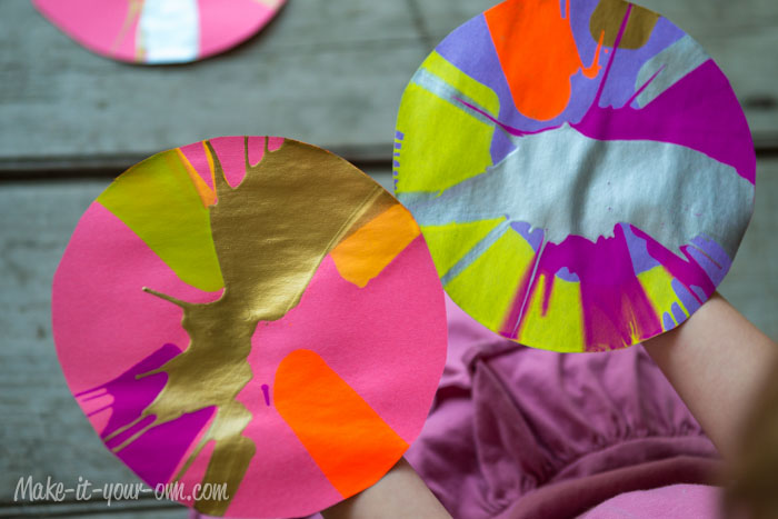 Butterflies: Spinner Art Paper from make-it-your-own.com