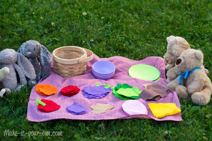 Teddy Bear Picnic from make-it-your-own.com