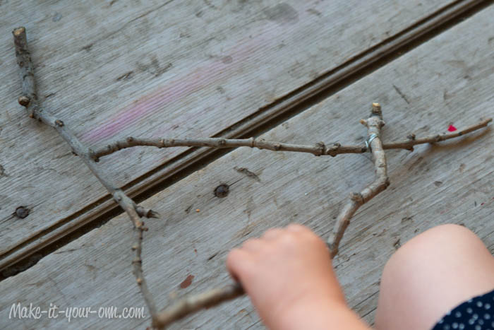 Kid Artwork Mobile: Making Base from Sticks from make-it-your-own.com