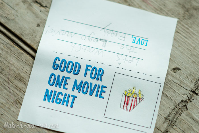 Movie Night Treat Topper: Cut out from make-it-your-own.com (printable included!)