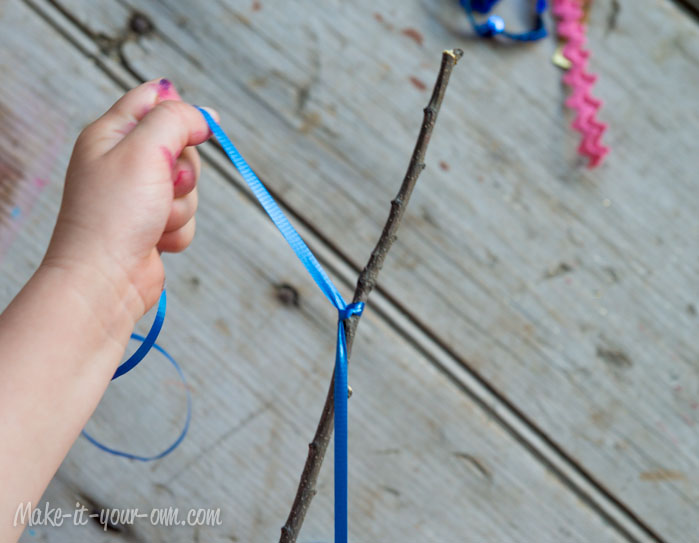 Stick Wand: Knotting your ribbon from make-it-your-own.com