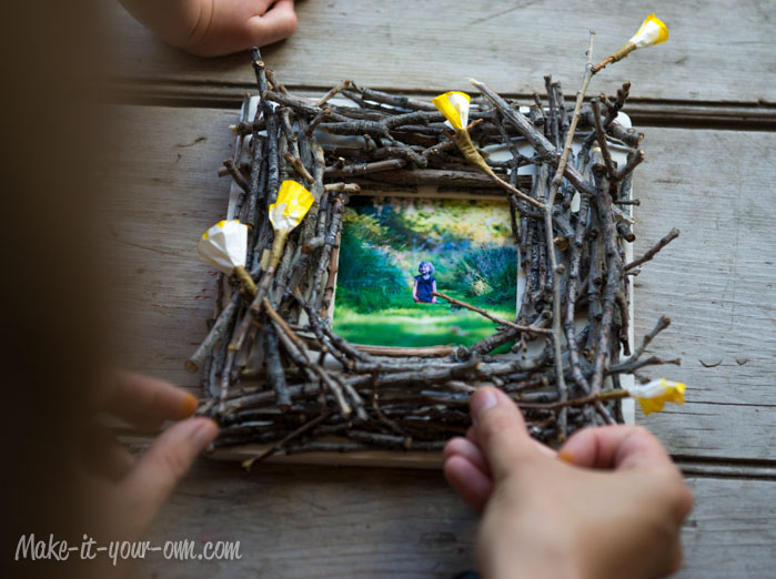 Twig Frame: Tucking in Blooms from make-it-your-own.com