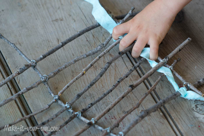 Nature Finds: Weaving with Sticks, Fabric & Ribbon from make-it-your-own.com