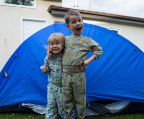 Backyard Camping with make-it-your-own.com (Art, crafts, activities for kids)