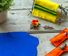Mini Camping Trip for Toys from make-it-your-own.com (Art, crafts and activities for kids)