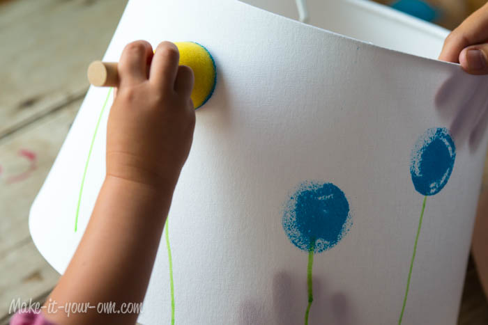 Back to School: Personalize a Desk Lamp from make-it-your-own.com (Art, crafts and activities for kids)