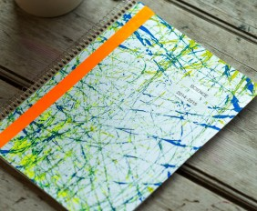 Back to School: Personalize your Notebook with Marble Painting from make-it-your-own.com (Art, crafts and activities for kids)