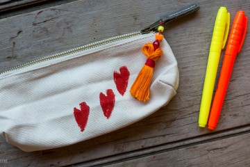 Back to School: Personalize a Pencil Case with Ink Block Printing from make-it-your-own.com (Art, crafts and activities)