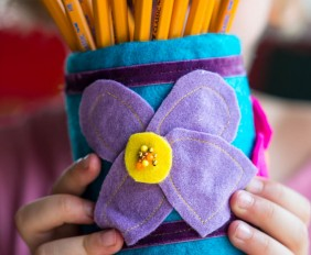 Pencil Holder from make-it-your-own.com (Art, crafts and activities for kids)