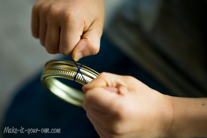 Canning Lid Bracelet from make-it-your-own.com (Art, crafts & activities for kids)