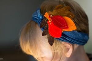 Fall Fun: Traced Leaves- Hair Clip from make-it-your-own.com (Art, crafts and activities for kids)