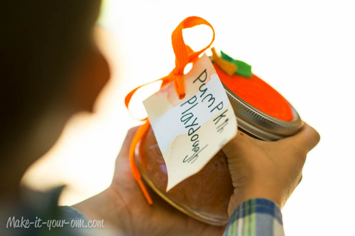 Write a little message on your tag and attach it to your jar with your ribbon or cord.