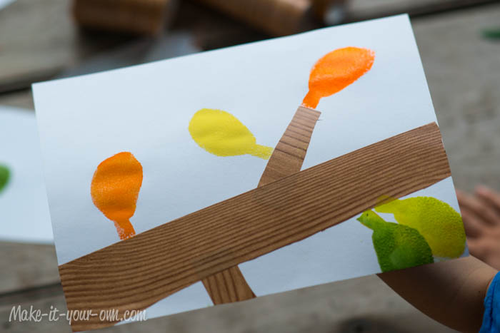 Fall Fun: Traced Leaves- Making a Stencil from make-it-your-own.com (Art. crafts and activities for kids)