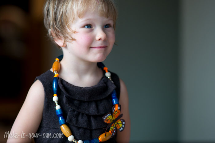 Monarch Butterfly Necklace from make-it-your-own.com (Art, crafts & activities for kids)
