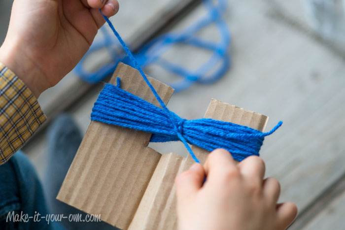 String Painting from make-it-your-own.com (Art, crafts & activities for kids)