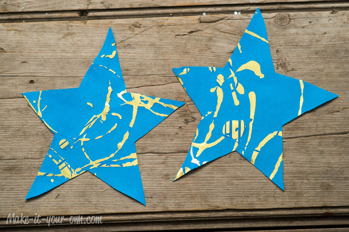 Sparkly Star Door Hanger from make-it-your-own.com (Art, crafts and activities for kids)