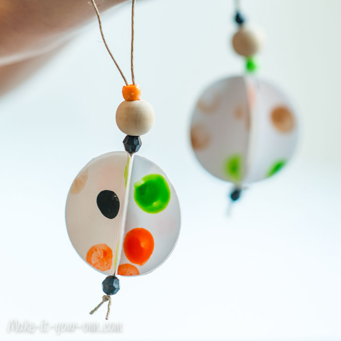 Circular Paper Ornaments from Children's Artwork from  make-it-your-own.com (Art, crafts & activities)