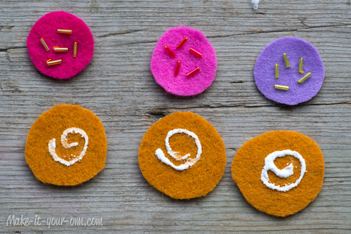 Cookie Match Game from make-it-your-own.com (Art, crafts and activities for kids)