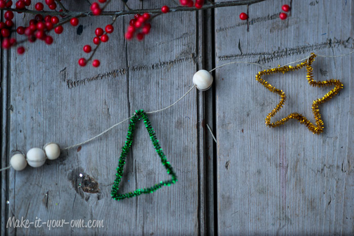 Chenille Stick Garlands from make-it-your-own.com (Art, crafts & activities)