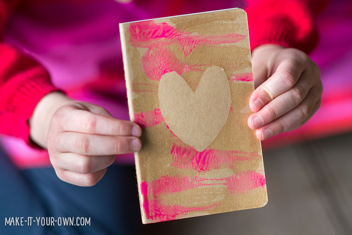 Contact Paper Stencil Notebook with make-it-your-own.com (Crafts & activities)