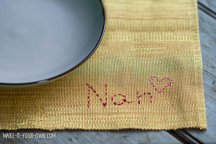 Valentine's Day: Personalized Placemat from make-it-your-own.com (Crafts & Activities for Kids)