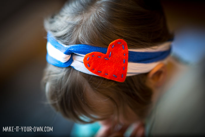 Valentine's Day: Up-cycled T-shirt Headband with make-it-your-own.com (Crafts & activities for kids)