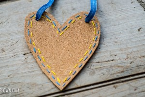 Valentine's Day: Coasters from make-it-your-own.com (Crafts & activities for kids)