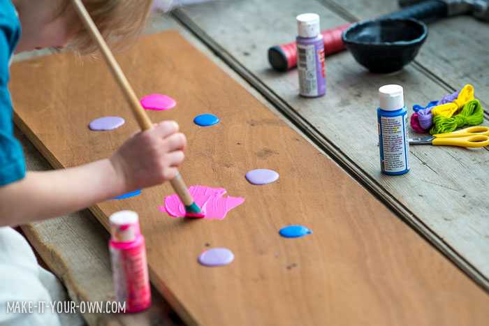 String Art from make-it-your -own.com (Crafts & activities for kids)