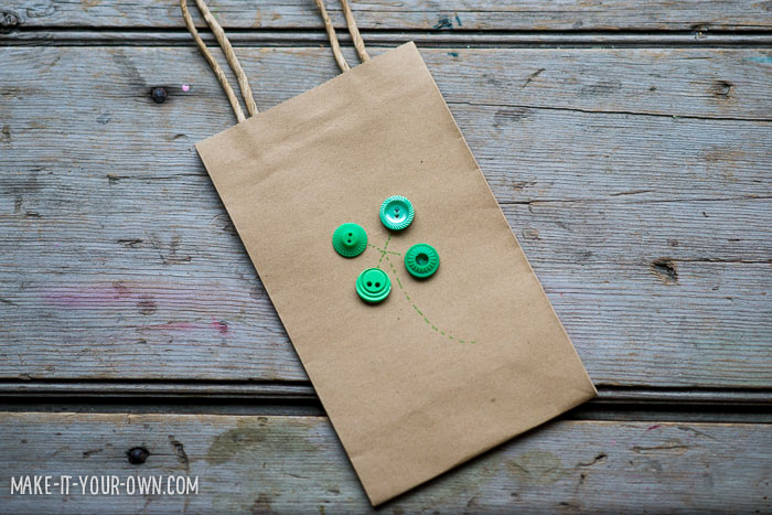 Simple Shamrock Gift Bag