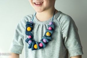 Up-cycled Jean Necklace from make-it-your-own.com (Crafts & activities for kids)