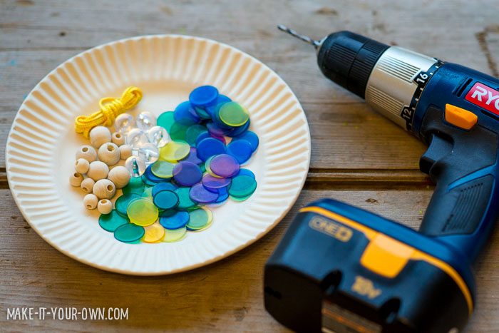Bingo Chip Beads from make-it-your-own.com (Crafts & activities for kids)