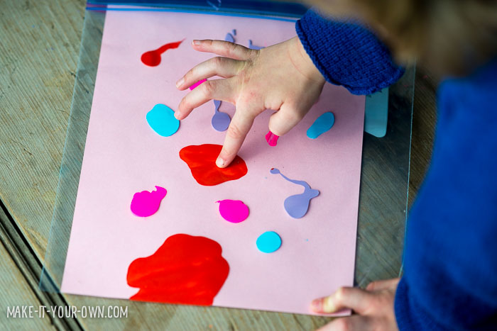 Squishy Painting from make-it-your-own.com (Crafts & activities for kids)