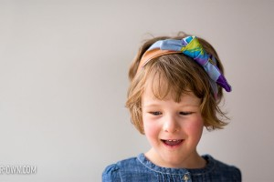 DIY Painted Fabric Headband from make-it-your-own.com (Check us out for crafts & activities for kids!)