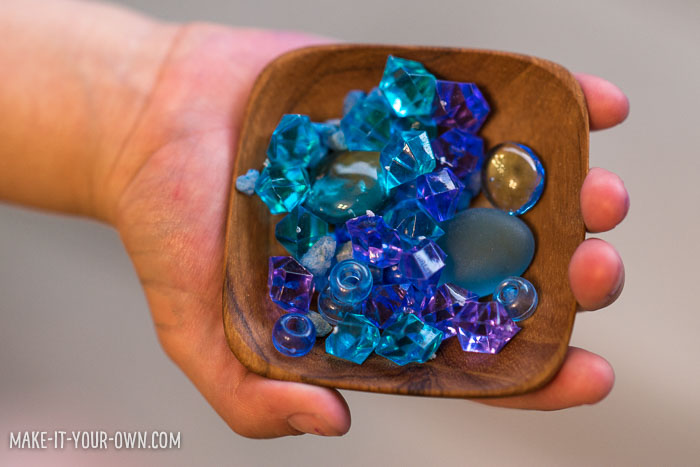 A Little Sea in a Bottle: Shrink Art with make-it-your-own.com (Crafts & Activities for Kids)