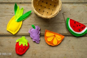Fruit Bean Bags with make-it-your-own.com (Crafts & activities for kids!)