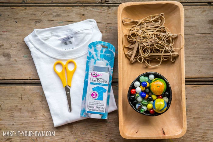 Bubble Tie Dye Shirts with make-it-your-own.com (Crafts & activities for kids!)