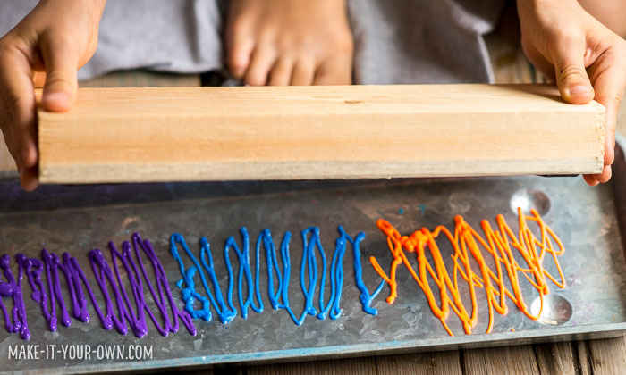 Foam Stamped Shirts with make-it-your-own.com (Crafts & activities for kids!)