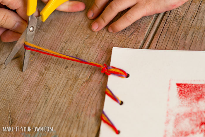 Back to School Work Folders with Print Making from make-it-your-own.com (Crafts & Activities for Kids!)
