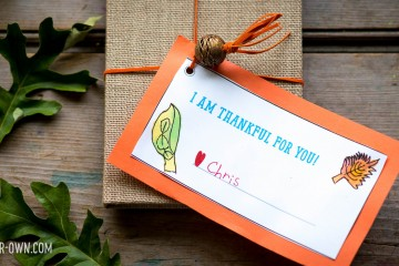 Thanksgiving Tags with make-it-your-own.com (Crafts & activities for kids!)