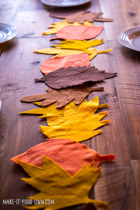 Felt Leaf Table Runner with make-it-your-own.com (Crafts & Activities for Kids)