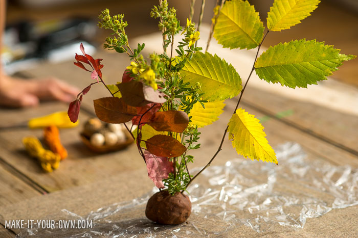 Simple Fall Centrepiece with make-it-your-own.com (Crafts & activities for kids!)