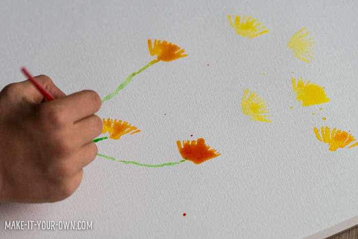 Watercolour Brushstroke Fall Flowers from make-it-your-own.com (Crafts & activities for kids)