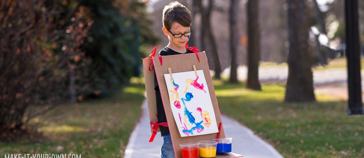 Cardboard Easel Costume with make-it-your-own.com (Crafts & activities for kids)