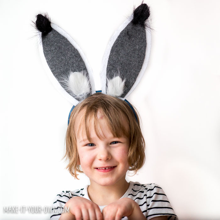 Arctic Hare Ears with make-it-your-own.com (Creative activities for kids!)